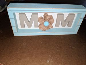 Mom sign with burlap flower for Sale in Raleigh, NC