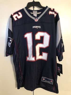 New NFL Pro Line Patriots #12 Brady jersey size Large for Sale in Apple Valley, CA