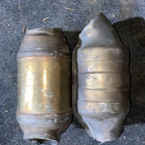 2 Catalytic Converters $500 OR BEST OFFER TAKES THEM for Sale in SeaTac, WA