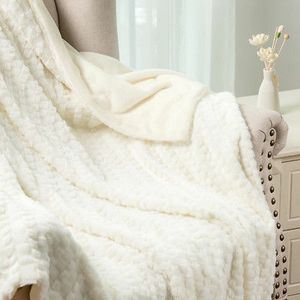 BEDSURE IVORY LUXURY SOLID FAUX FUR THROW BLANKET for Sale in Los Angeles, CA