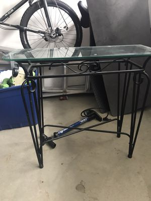 table for Sale in Imperial Beach, CA