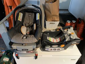 Chicco Infant Car Seat for Sale in Janesville, WI