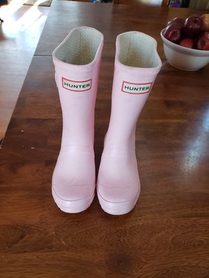 Size 13/1 Hunter Rainboots for Sale in Silver Spring, MD