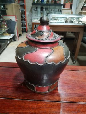 Chinese jar for Sale in Los Angeles, CA