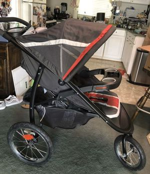 Graco jogger travel system click connect for Sale in San Marcos, CA