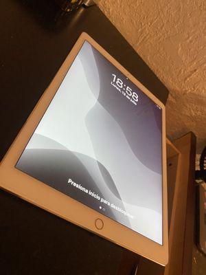 iPad Pro 12.9 1st gen 32GB for Sale in Chula Vista, CA
