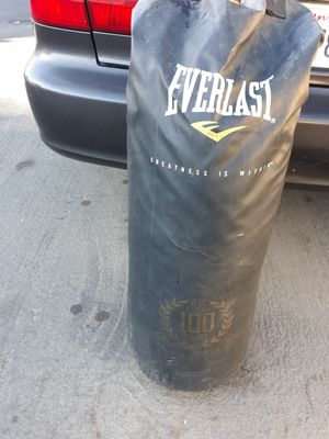 Everlast Punching Bag for Sale in Monterey Park, CA