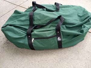 Large duffle bag for Sale in Galloway, OH