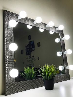New makeup vanity mirror ( crystal for Sale in Cicero, IL