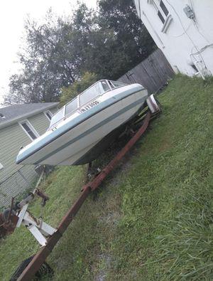 '94 Bayliner Capri 16' for Sale in Pennsauken Township, NJ