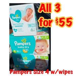 pampers size 4 diapers with wipes bundle for Sale in Oakland, CA
