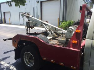 Holmes Tow Wrecker Body Bed w/ Wheel Lift for Sale in Tampa, FL