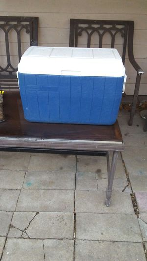 Coleman cooler for Sale in Rock Island, IL