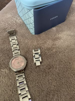 **LIKE NEW** Silver/Pink Fossil Watch for Sale in Indianapolis, IN