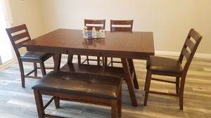 Counter height kitchen table for Sale in San Dimas, CA