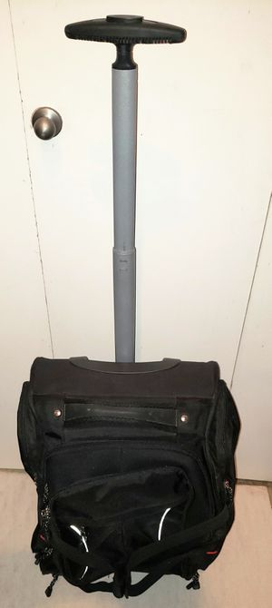 Bass 20 inch rolling luggage duffle bag backpack for Sale in Tempe, AZ