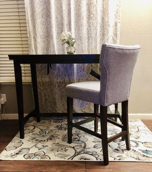 ⭐️NEW Ashely Furniture counter height Dining Table ONLY. IF YOU WANT WITH COUNTERCHAIR(new) $25 more. ⚡️DAMAGED during shipping (one corner) for Sale in Clovis, CA