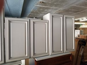 KITCHEN, RESTROOM, LAUNDRY ROOM AND GARAGE CABINETS for Sale in Los Angeles, CA