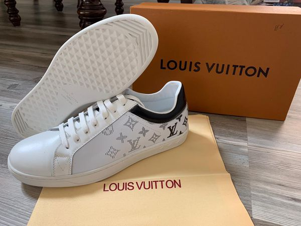 White monogram sneakers