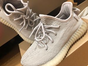 Yeezy Sesame (Size 4M; 5W) for Sale in Sterling Heights, MI
