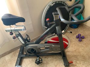 Spinning exercise bike. Sunny 49lbs flywheel for Sale in North Las Vegas, NV