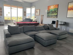 Large U-shaped Custom Sectional with Ottoman for Sale in Scottsdale, AZ
