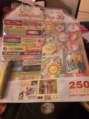 BRAND NEW 250 Piece Scrapbook Page Kit for Sale in Newport News, VA
