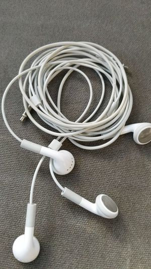 Apple Headphones Earbuds for Sale in Visalia, CA