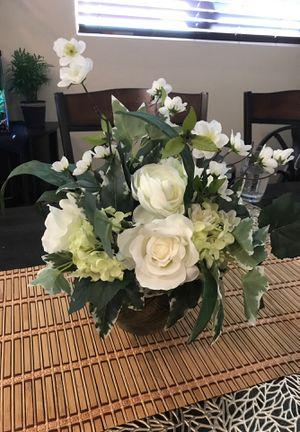 Artificial flower bouquet in pot for Sale in Santa Clarita, CA