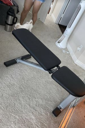 Adjustable bench. Decline-incline for Sale in Los Angeles, CA
