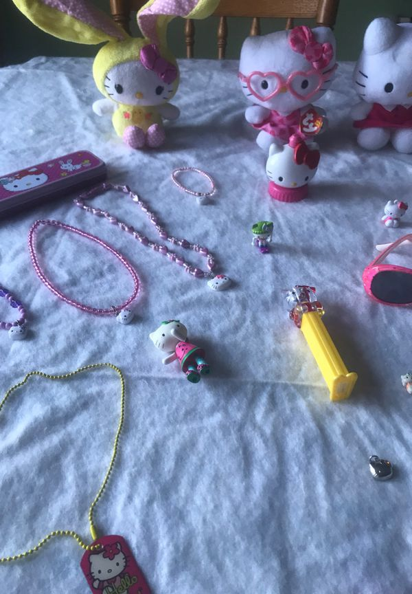 Ty Beanie Babies 4 hello kitty sunglasses hello kitty watch hello kitty chalk everything different from hello kitty 33 pieces together