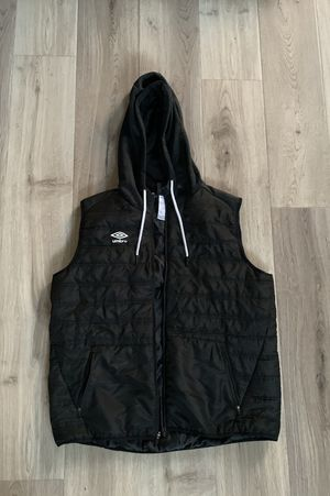 Semi New Umbro XL Hooded Vest for Sale in Riverside, CA