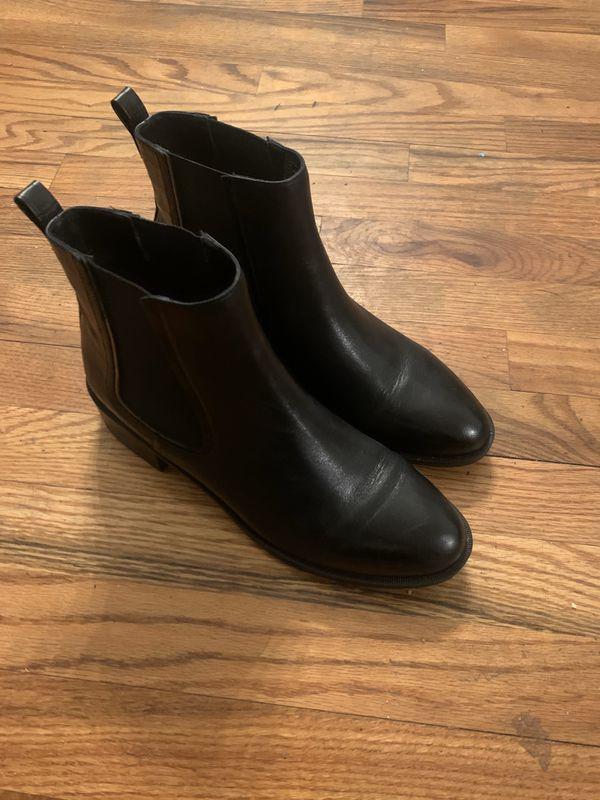 Steve Madden 9.5 (runs small) boots worn half day