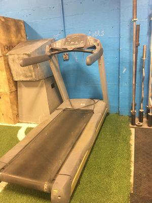 PreCor Treadmill for Sale in Tampa, FL