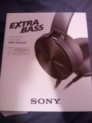 Sony extra bass headphones, basically brand new for Sale in Pittsburgh, PA