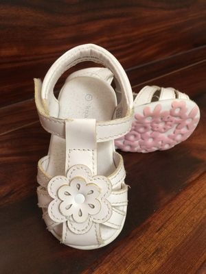 Girls Sandals Size 4T for Sale in Chula Vista, CA
