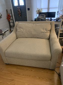 Kroehler Furniture for Sale in Ellwood City,  PA