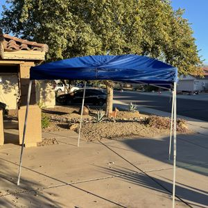 Tent Canopy Pop Up for Sale in Mesa, AZ