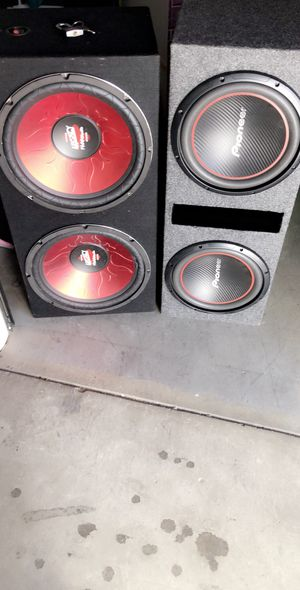 Sub boxes, speakers NOT included..2 15s $60..2 12s $40..im just selling the boxes, NO SUBWOOFERS!!! for Sale in Fresno, CA