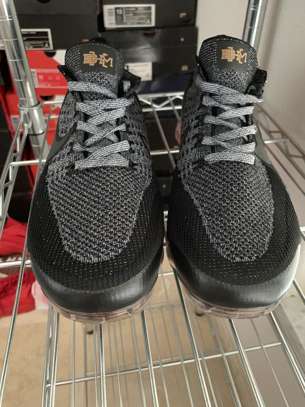 2f6061aafd9fd Nike vapormax bhm for Sale in Kissimmee