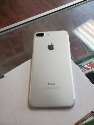 IPhone 7 plus 128gb unlocked for Sale in Malden, MA