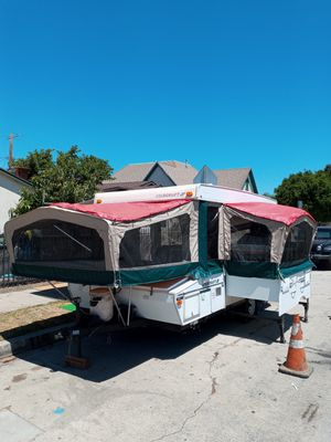 CLEAN 03 STARCRAFT POP UP TRAILER WITH SLIDEOUT & SHOWER for Sale in Los Angeles, CA