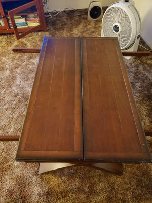 Coffee table for Sale in Montclair, CA