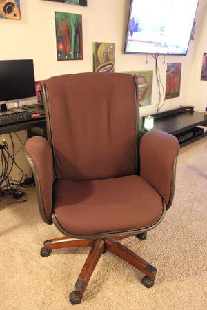 Desk chair for Sale in Eldersburg, MD