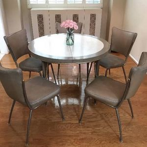Vintage Walter Of Wabash MCM Table Set With Chairs for Sale in Rosamond, CA