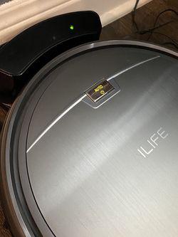 ILIFE ROBOT VACUUM for Sale in Dallas,  TX