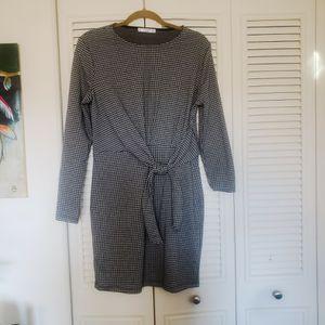 Mango Brand Wrap Dress_Size: 8 for Sale in Alexandria, VA