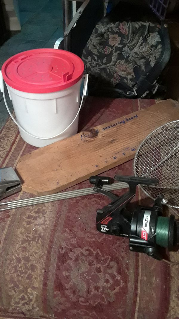 REDUCED--10--Fishing gear