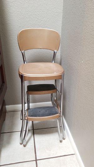 VINTAGE LADDER SEAT for Sale in Mesa, AZ