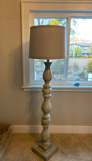 Floor lamp for Sale in Brea, CA
